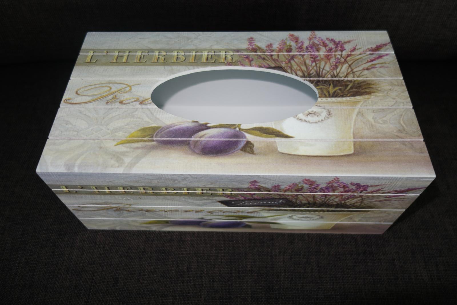 Krabička na vreckovky v Provensálskom štýle - Obrázok č. 1