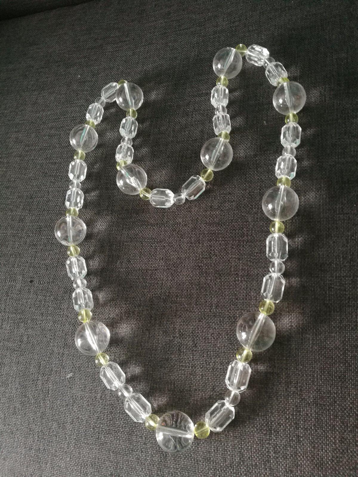 Dlhý výrazný náhrdelník priesvitné a žlté korálky - Obrázok č. 1