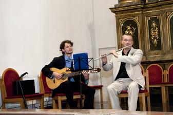 Krasna hudba v kostole...moj byvaly ucitel flauty
