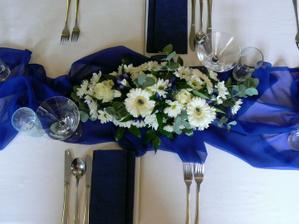 kytička na sv. stůl
