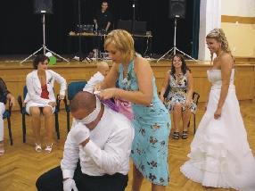 Volná zábava. Ženich poznává nevěstu. Úspěch byl 100%