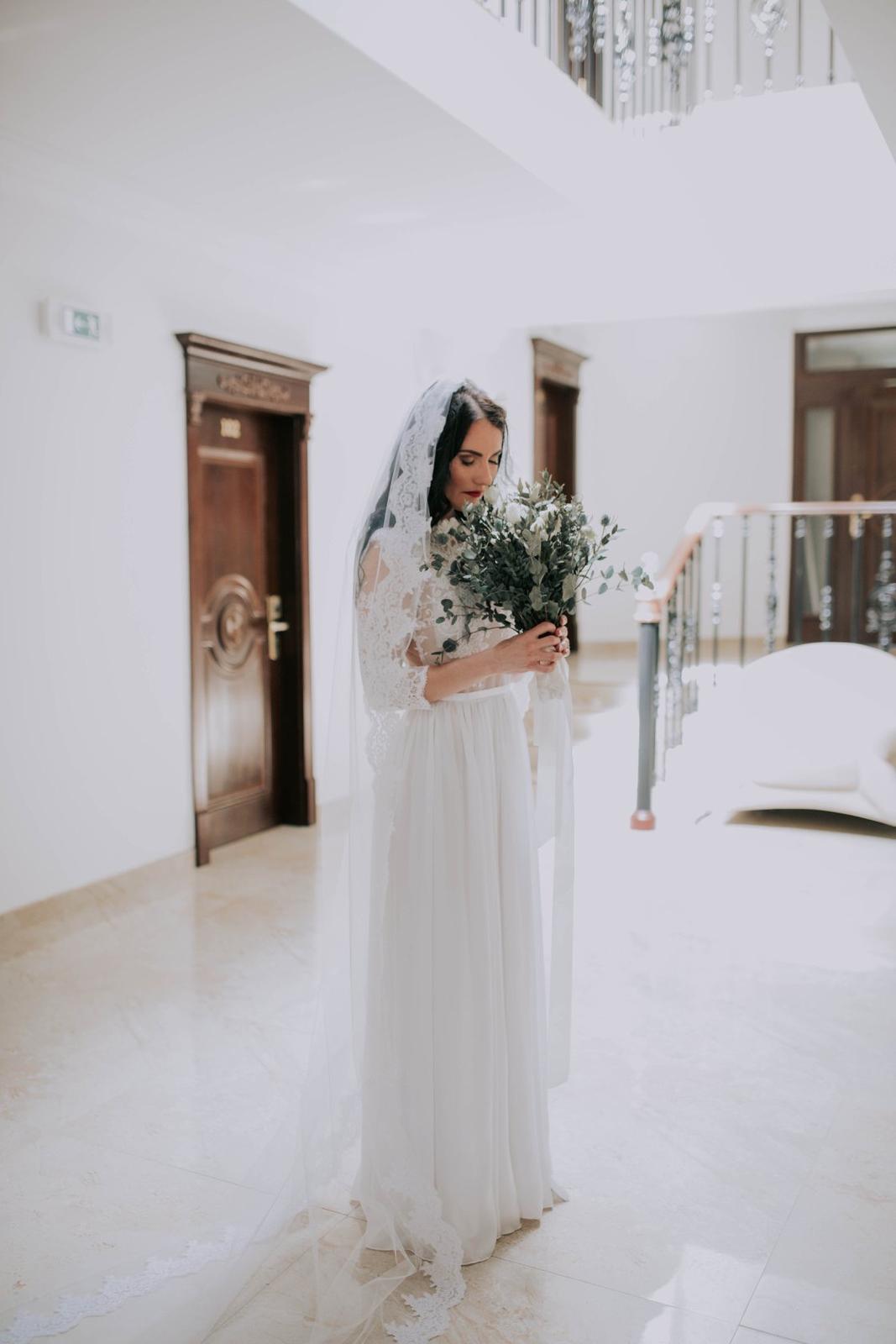 Svadobné šaty šité na mieru - Obrázok č. 1