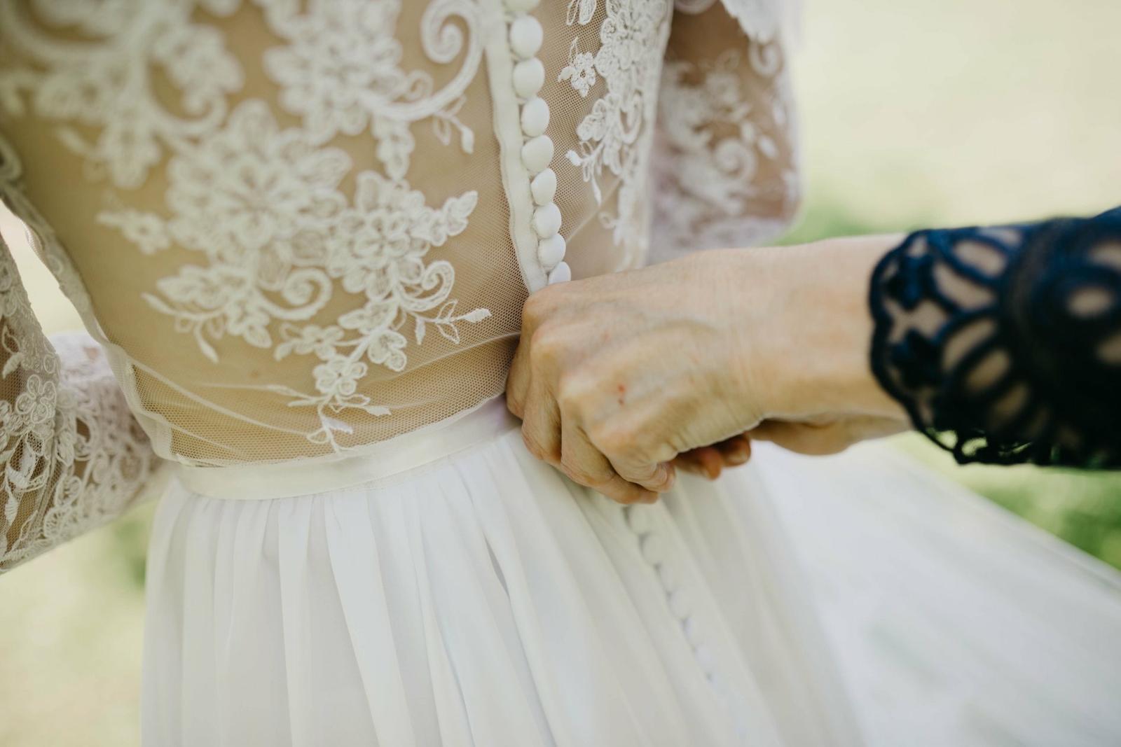 Svadobné šaty šité na mieru - Obrázok č. 4