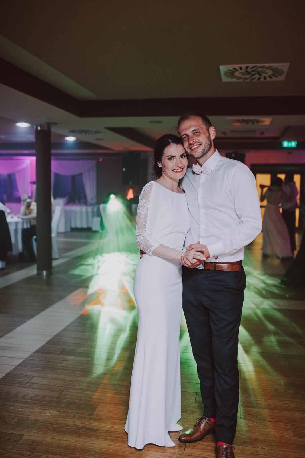 Svadobné prípadne popolnočné šaty šité na mieru - Obrázok č. 3