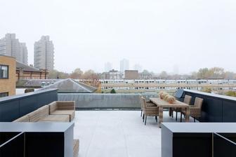 Vodarenska veza v Londyne z programu Grand Designs.