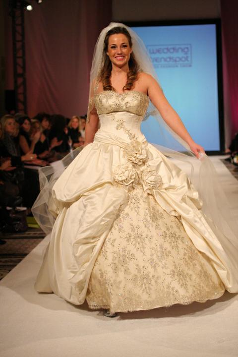 Svadobné šaty - svet 2 - Katerina Bocci Speranza
