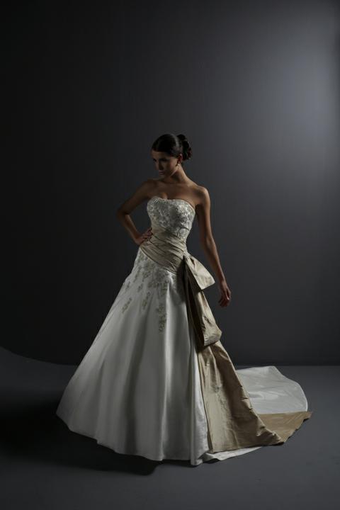Svadobné šaty - svet 2 - Justin Alexander 8466