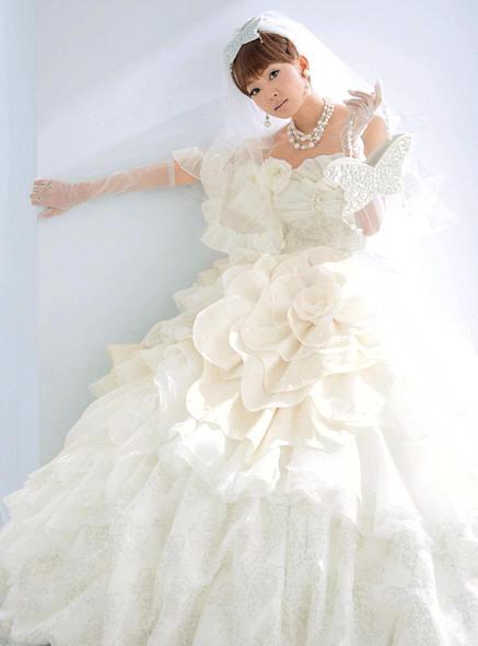 Svadobné šaty - svet 2 - Uno Kanda