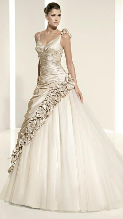 Svadobné šaty - svet 2 - White One 6235