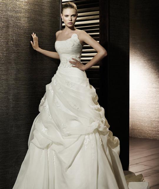 Svadobné šaty - svet 2 - St Patrick Castor