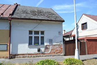 Toto je nas domcek po kupe, koncom leta 2011. 45 m2