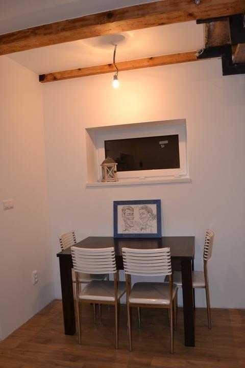 U nás - v malom dome :-) - jedalensky kutik :-)