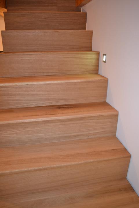 U nás - v malom dome :-) - Nase schody v procese :-)