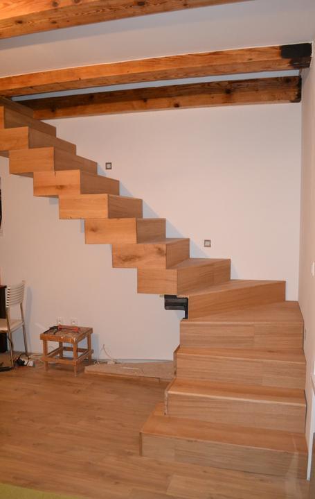 U nás - v malom dome :-) - pracovna verzia ale uz len 2 schody :-)