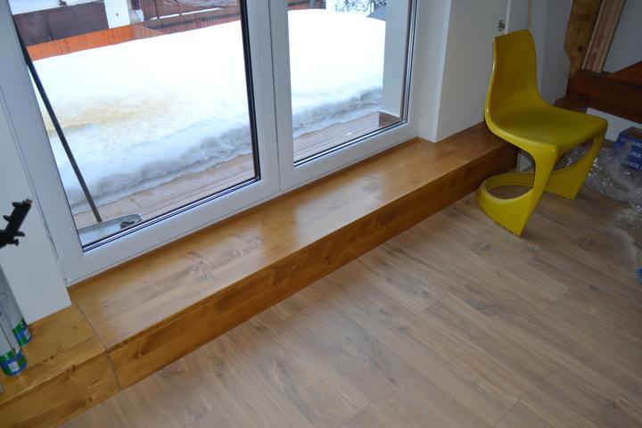 U nás - v malom dome :-) - Dnes sme oblozili aj betonovy schodik zo spalne na terasu.