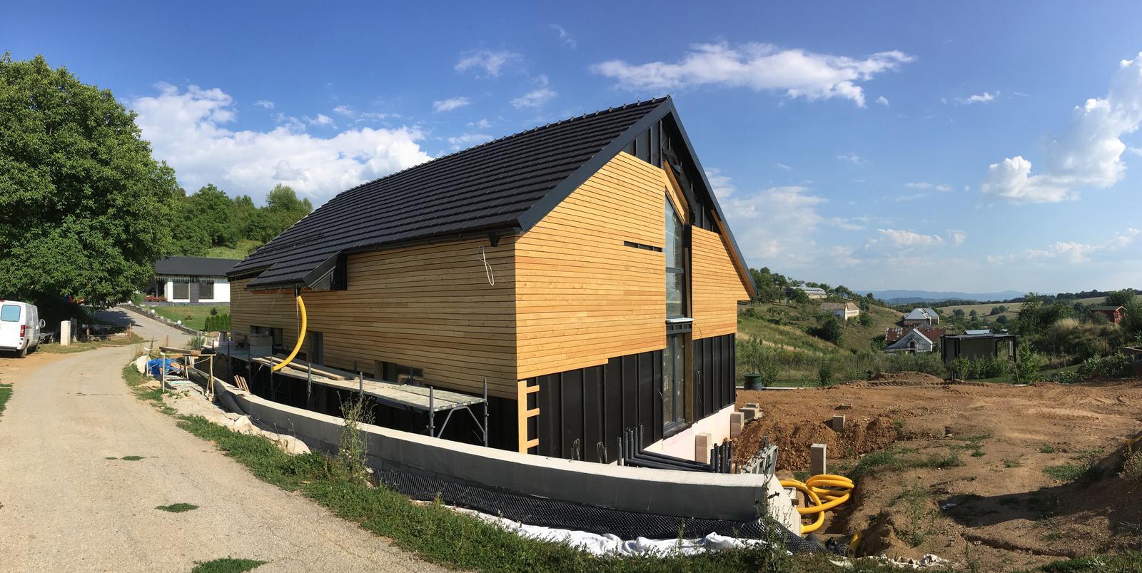 Nový dom v starom sade - o krok bližšie k fasáde
