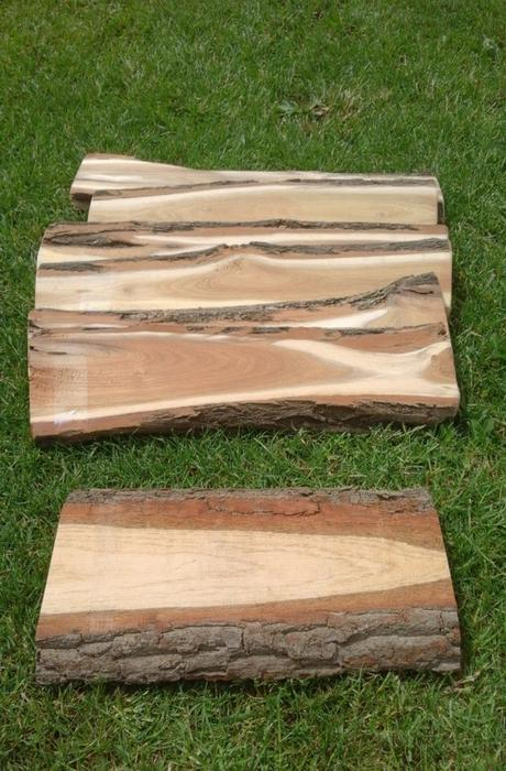 Dřevěná podložka na svatební stůl - iniciály - Obrázek č. 1