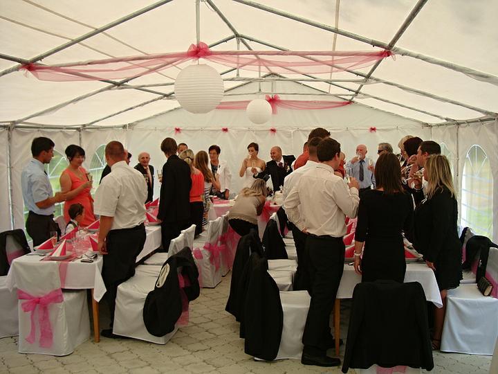Venkovní svatební hostiny - Obrázek č. 4