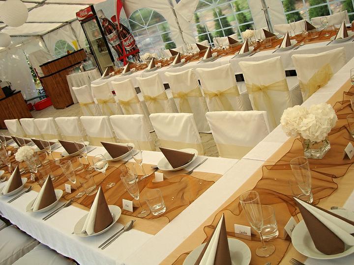 Venkovní svatební hostiny - Obrázek č. 12