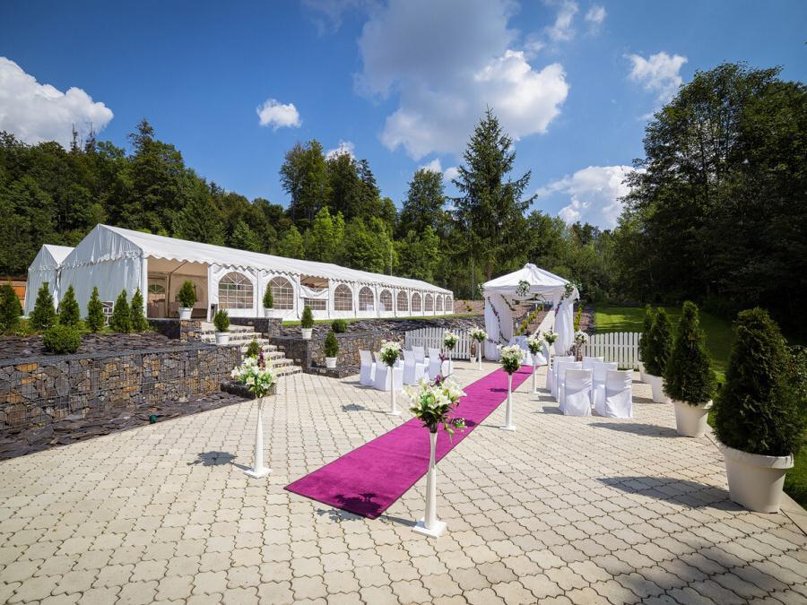Venkovní areál pro svatby - Obrázek č. 20