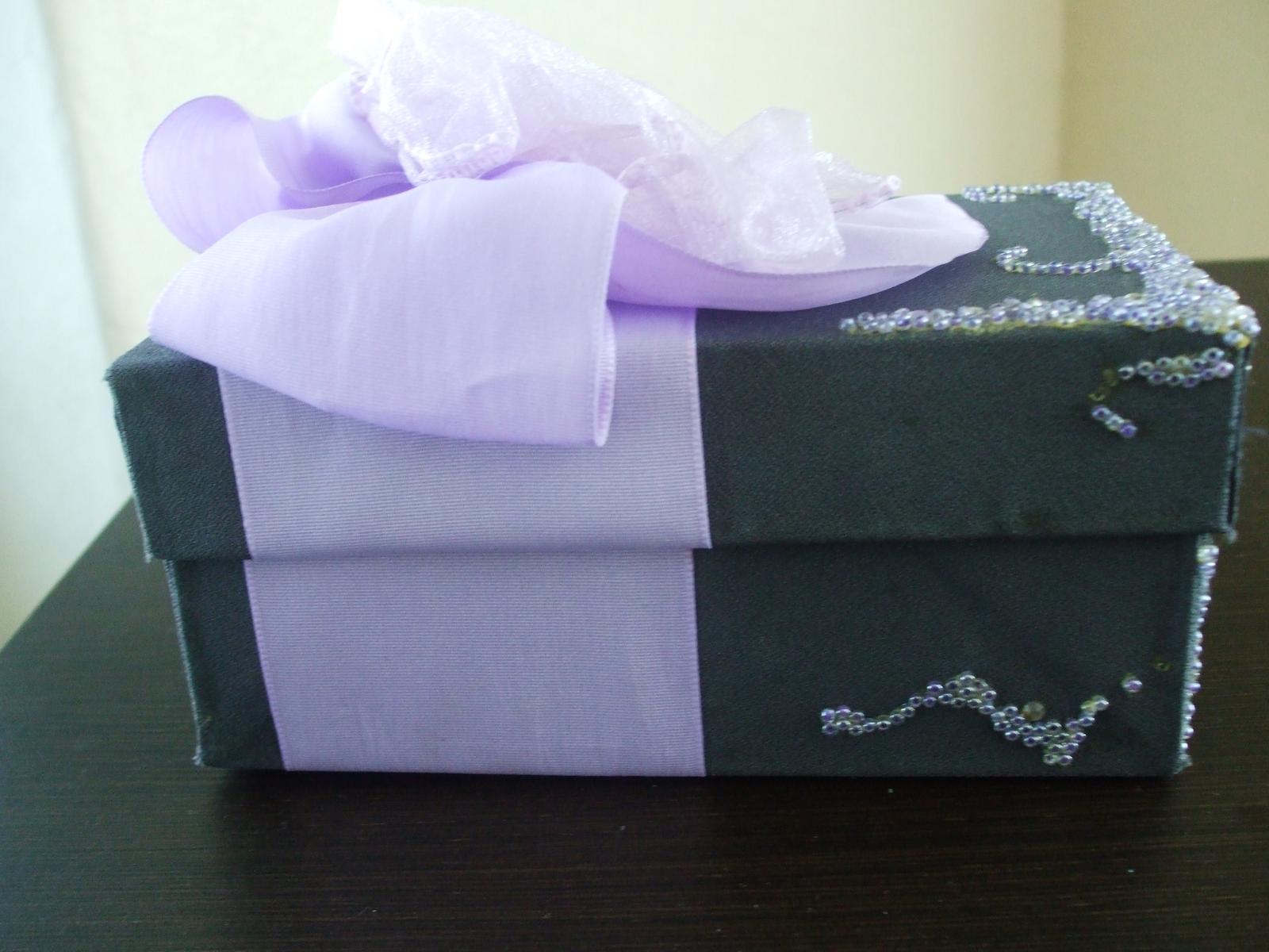 Dekoračná darčeková krabica s mašľou - Obrázok č. 2