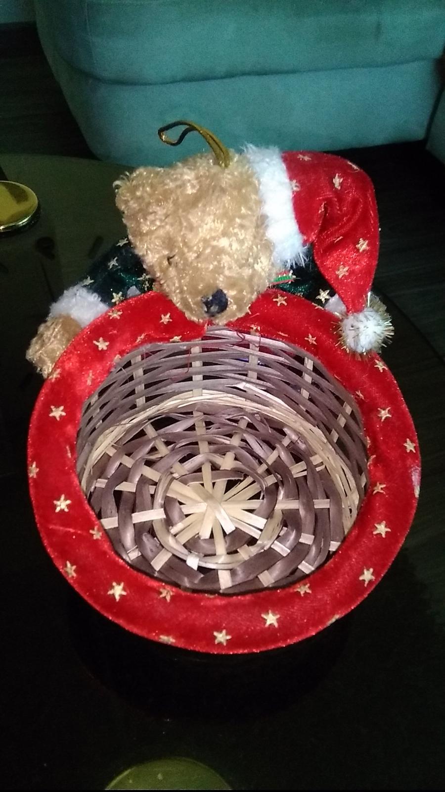 Vianočný košíček na cukríky,oriešky,orechy, atď - Obrázok č. 1