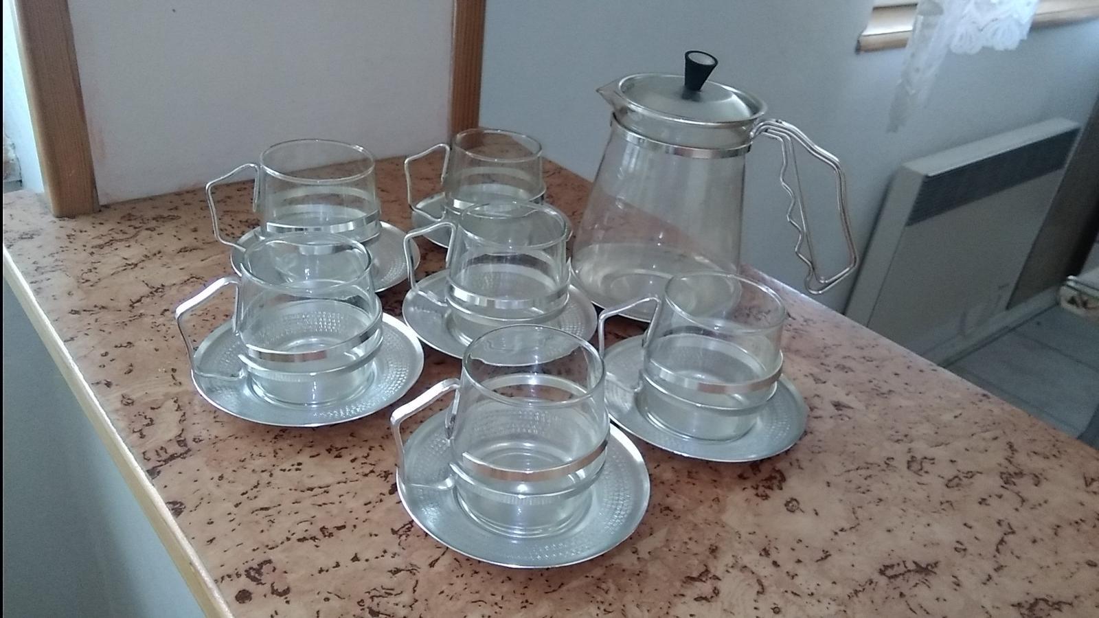 Retro poháre s krčahom - Obrázok č. 1