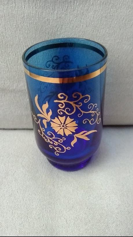 Retro modré poháriky s fľlašou - Obrázok č. 4