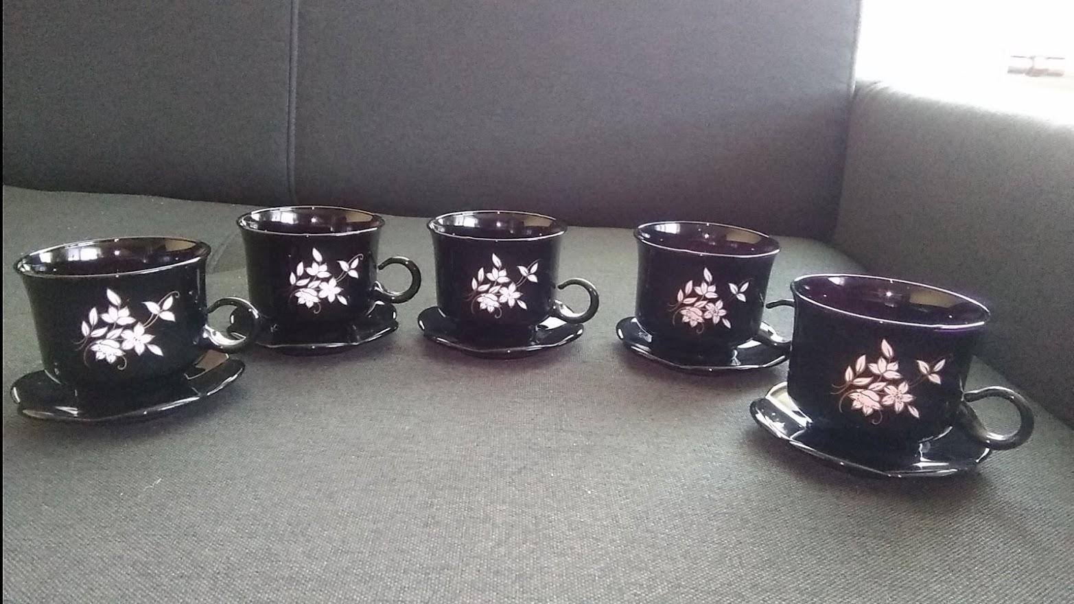 Čierne šálky s tanierikom-5 ks - Obrázok č. 1