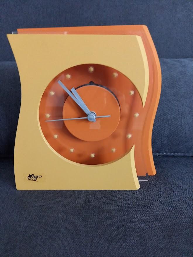Moderné hodiny - Obrázok č. 1