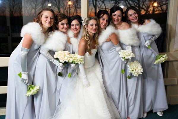 Svadba podľa obdobia: zima :) - tie kozusinkove bolerka sa mi neuveritelne pacia... :) ...