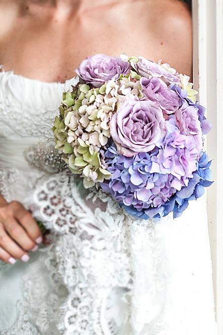 ❤️ Svadobné kytičky pre naše krásne nevestičky 2014 ♥ - Hortenziová svadobná kytička foto Peter Tiliscak