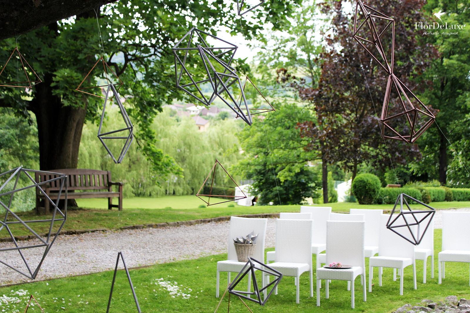 O našej minuloročnej architektonickej svadbičke... - Obrázok č. 6