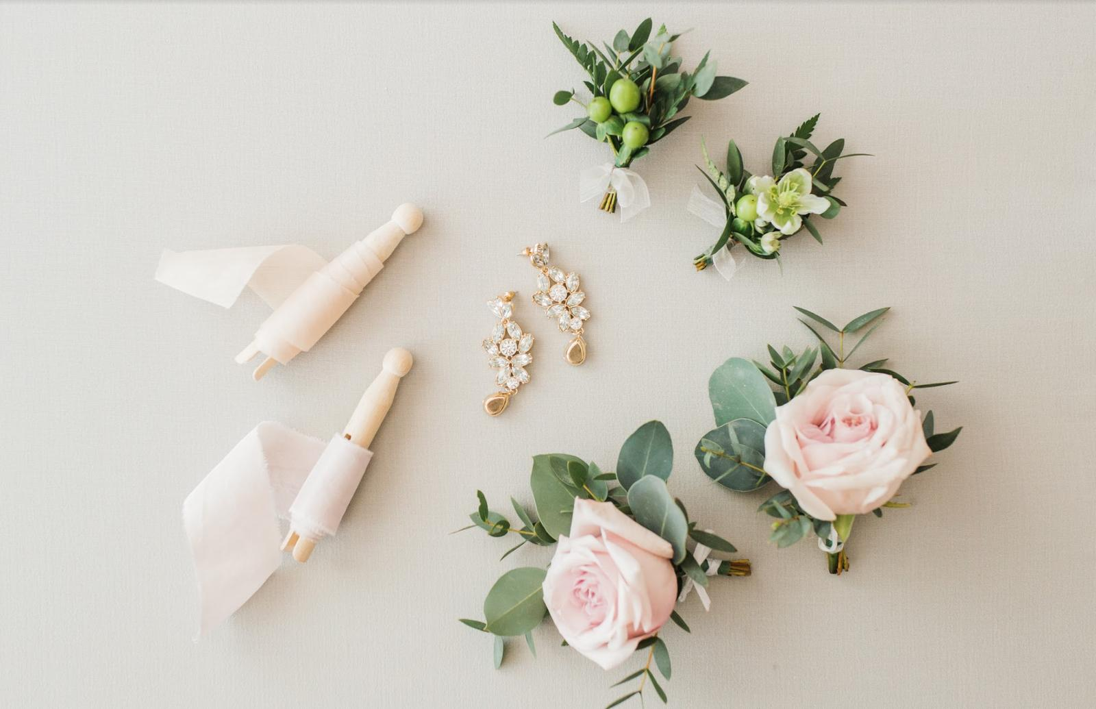 Nežná svadbička Lenky a Stana s množstvom skalných ruží. - Obrázok č. 7