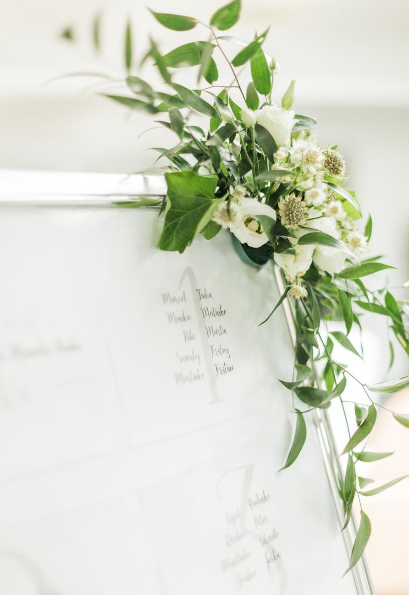 Nežná svadbička Lenky a Stana s množstvom skalných ruží. - Obrázok č. 24