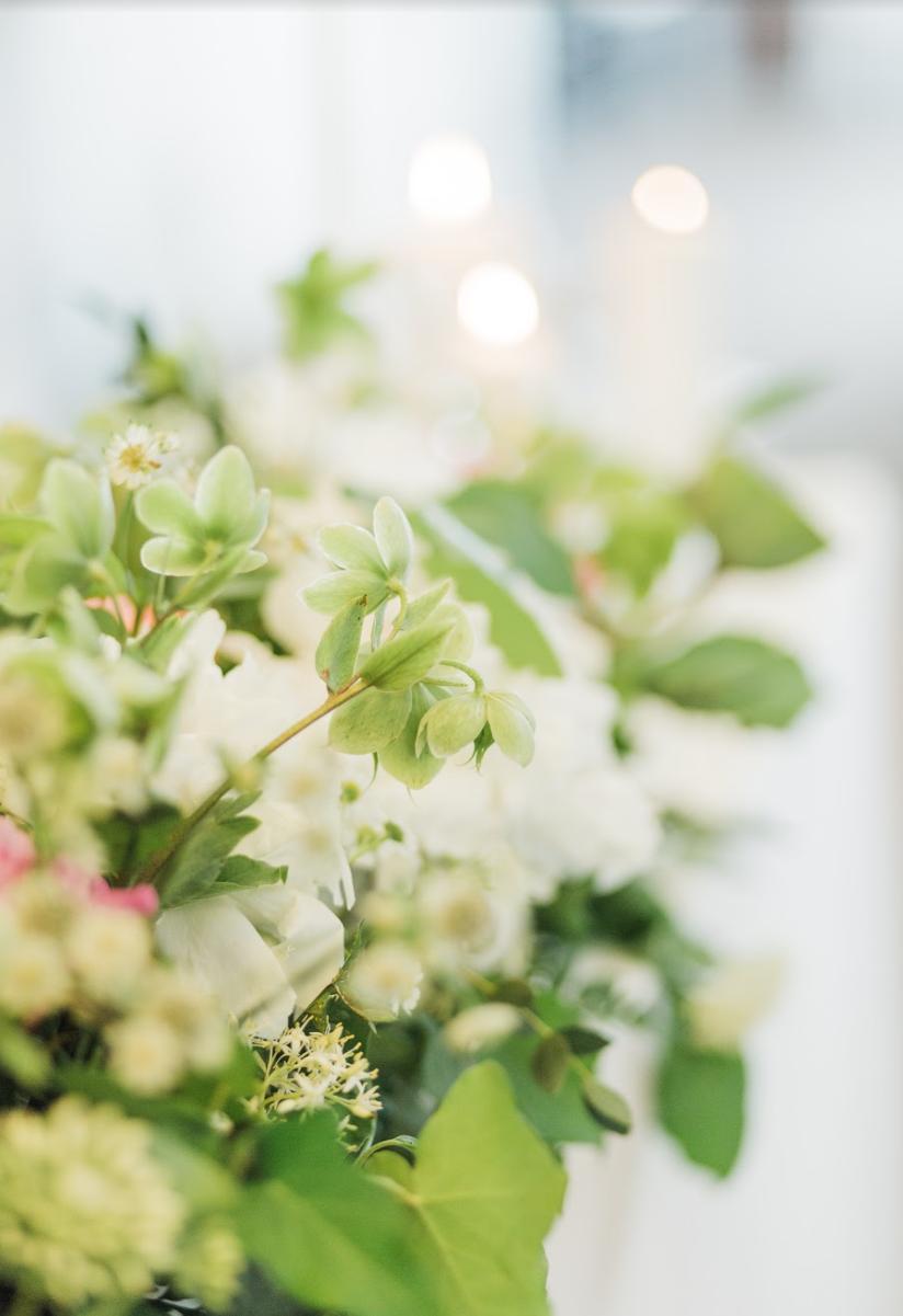 Nežná svadbička Lenky a Stana s množstvom skalných ruží. - Obrázok č. 26