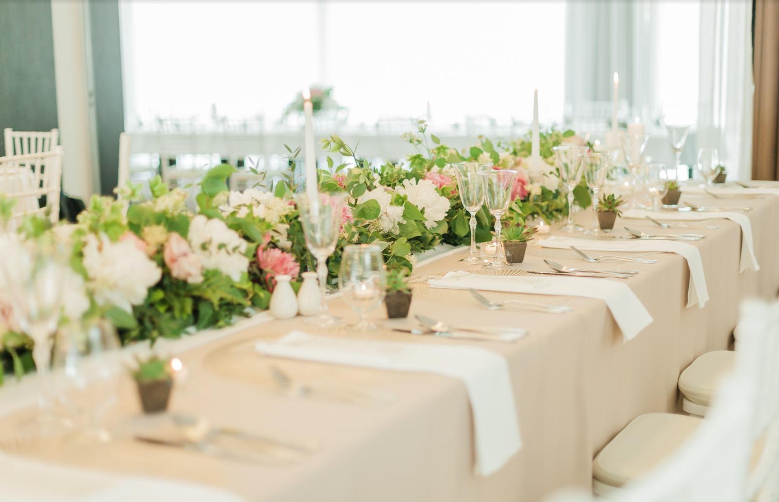 Nežná svadbička Lenky a Stana s množstvom skalných ruží. - Obrázok č. 30
