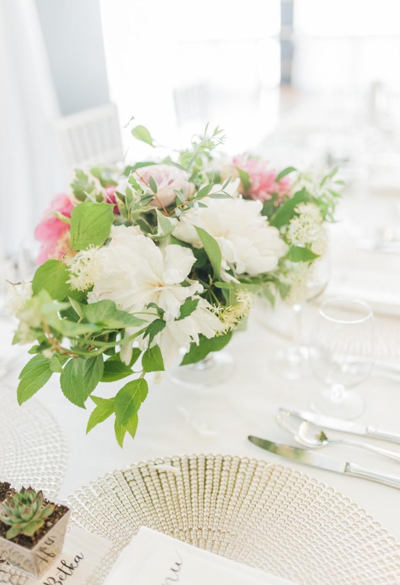 Nežná svadbička Lenky a Stana s množstvom skalných ruží. - Obrázok č. 17