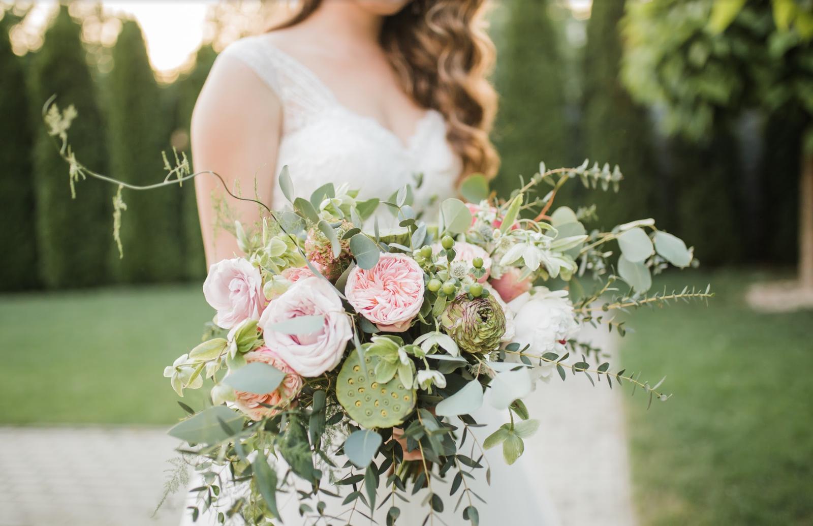 Nežná svadbička Lenky a Stana s množstvom skalných ruží. - Obrázok č. 39