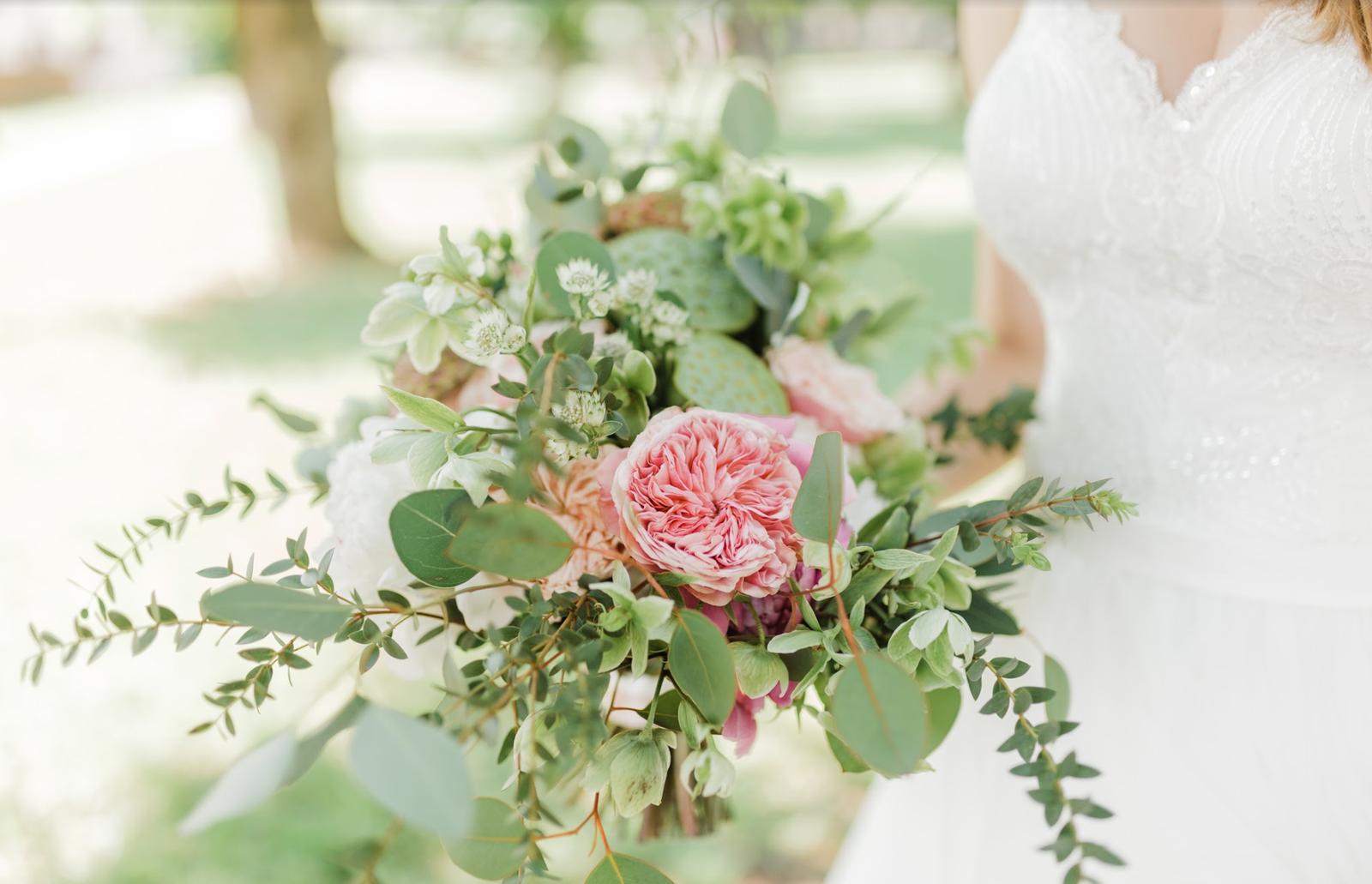 Nežná svadbička Lenky a Stana s množstvom skalných ruží. - Obrázok č. 41