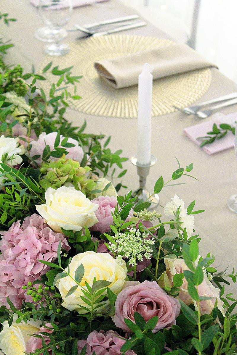 Prekrásna greenery svadbička Veroniky a Rasťa v Červenom Kláštore - Obrázok č. 14