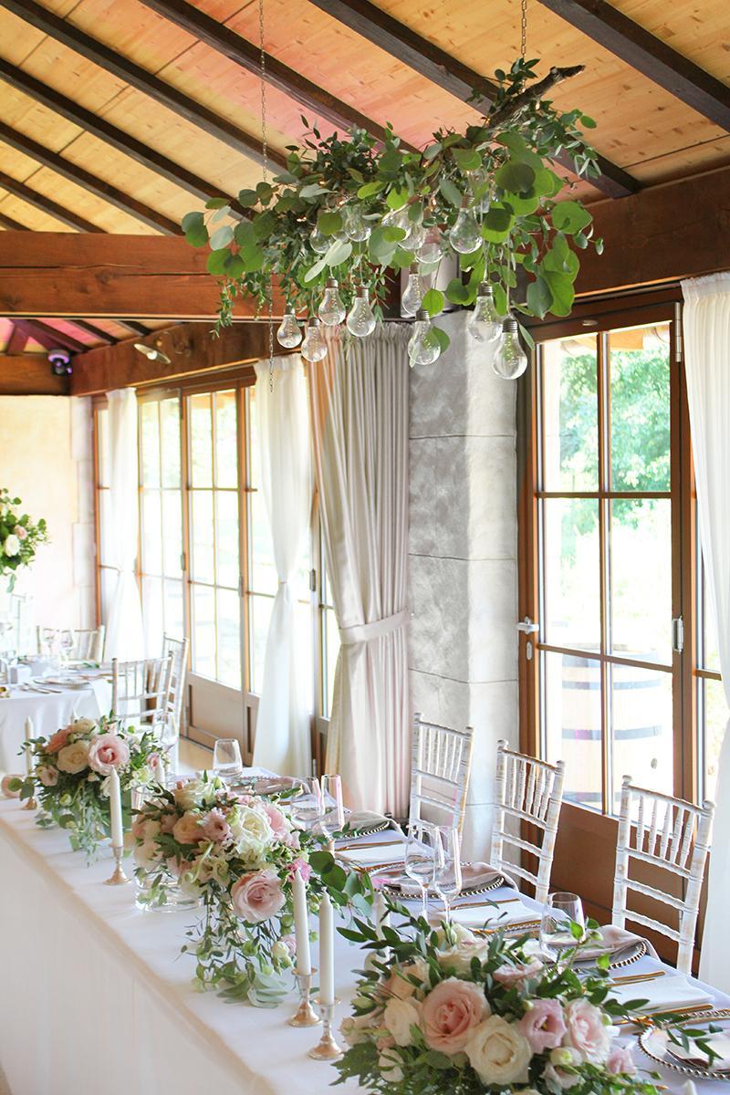 Romantická púdrovo-zlatá greenery svadbička Nelky a Denisa - Obrázok č. 5