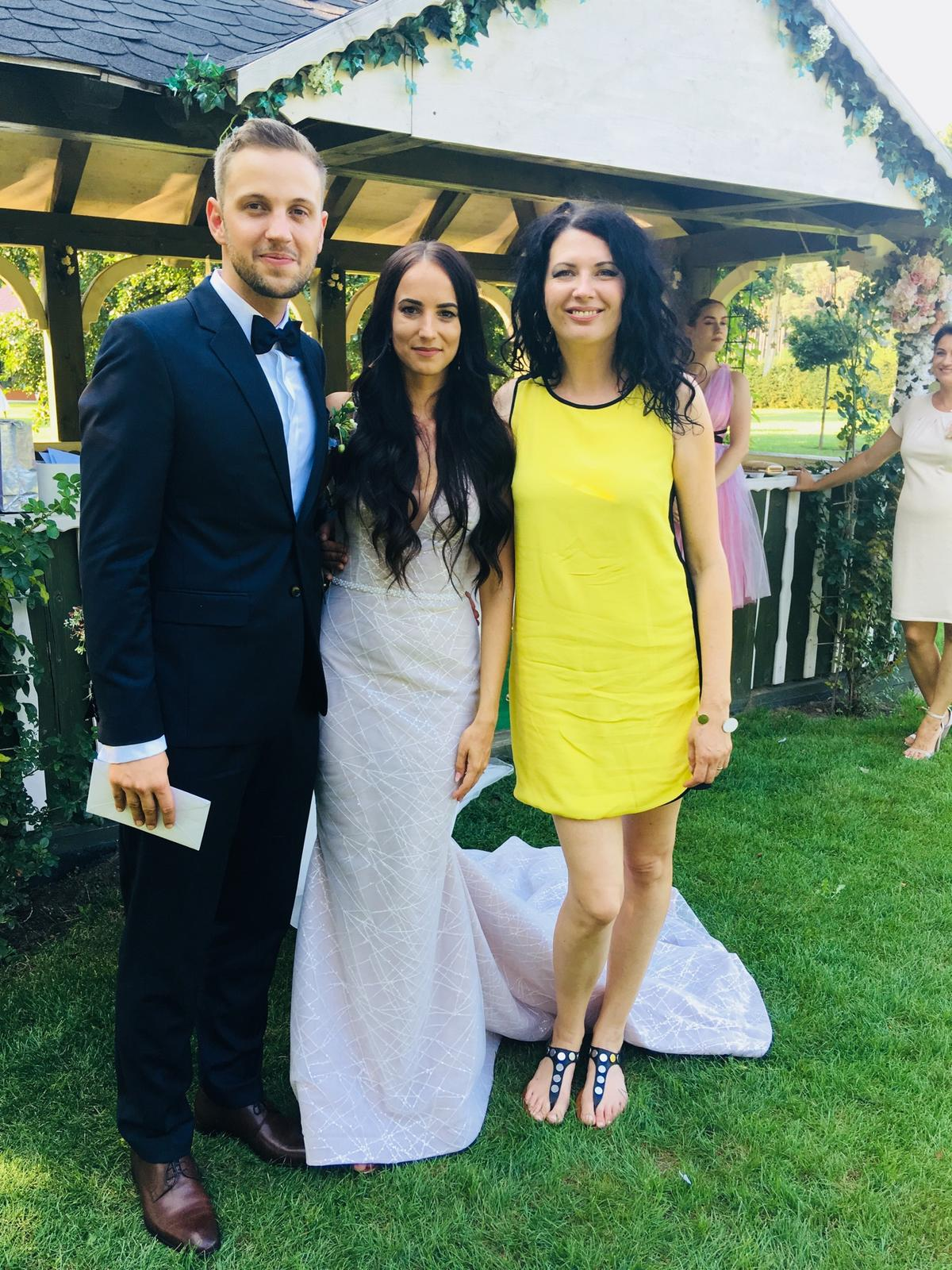 Romantická púdrovo-zlatá greenery svadbička Nelky a Denisa - Obrázok č. 28