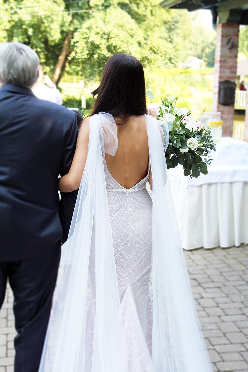Romantická púdrovo-zlatá greenery svadbička Nelky a Denisa - Obrázok č. 38