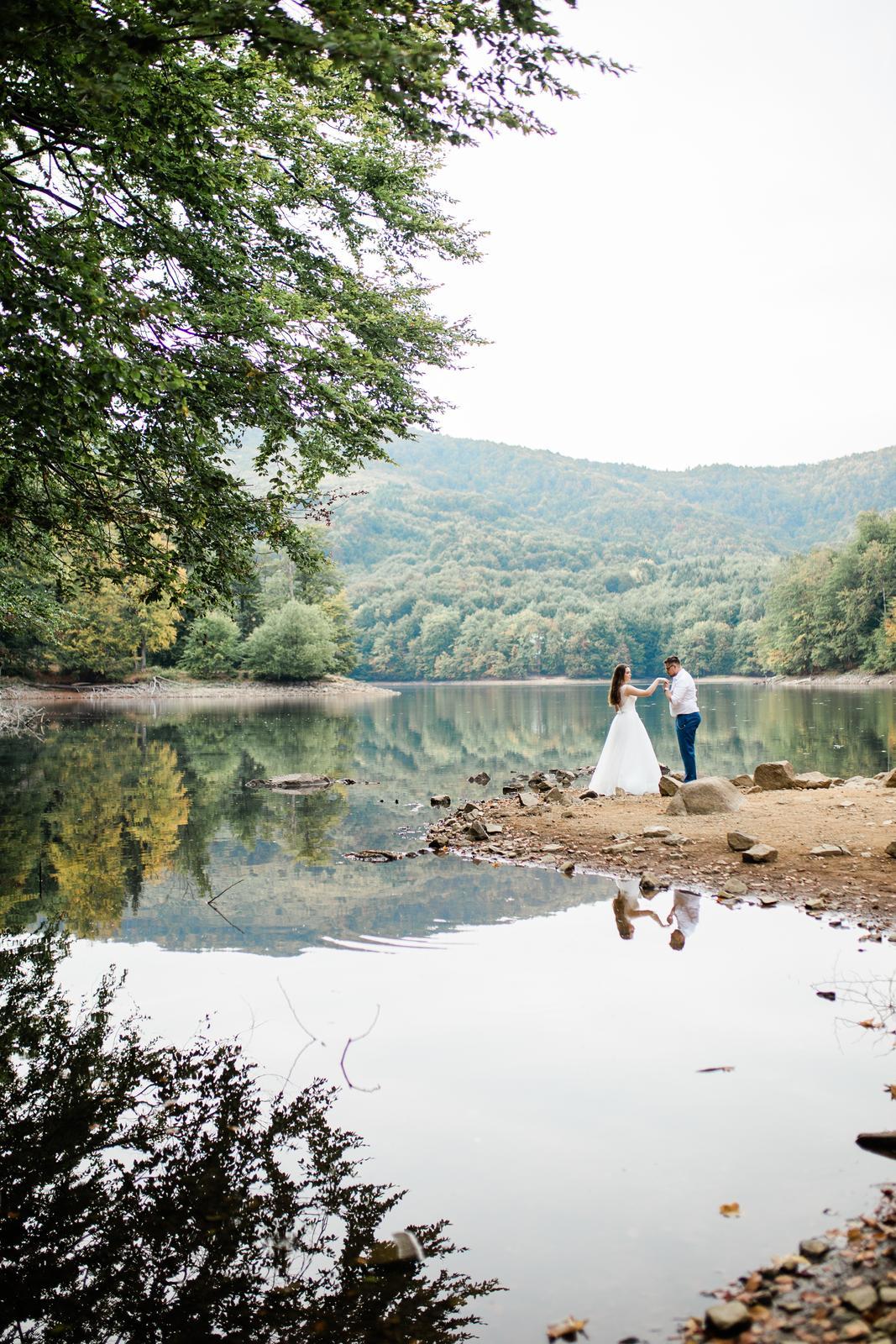 Nádherné svadobné fotenie Lenky a Stana na Morskom oku - Obrázok č. 7