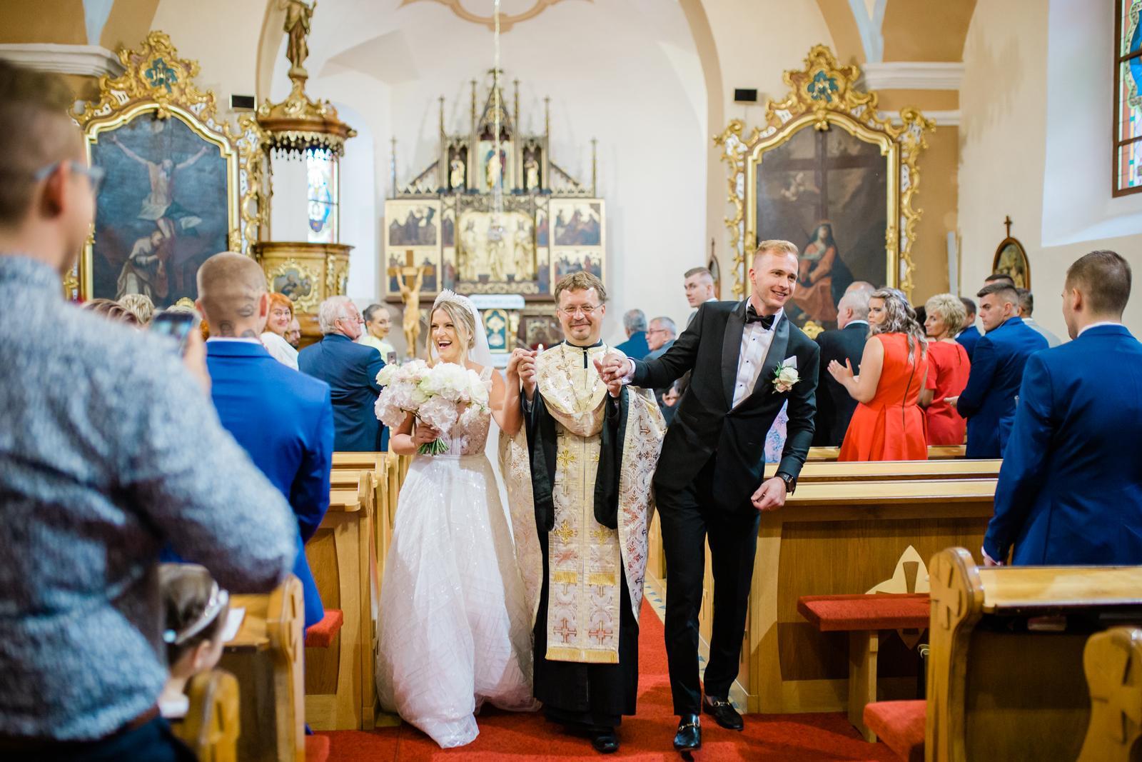 Romantická svadbička krásnej Viky a našej hokejovej jednotky Martina - Obrázok č. 13
