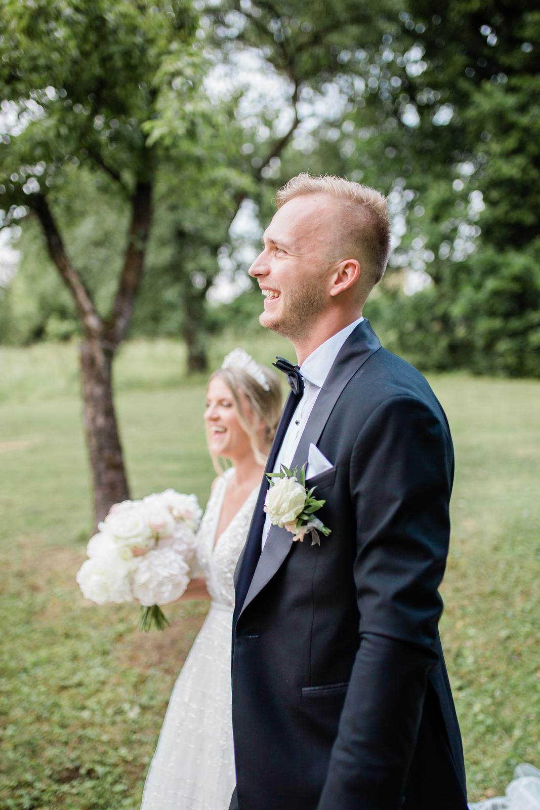 Romantická svadbička krásnej Viky a našej hokejovej jednotky Martina - Obrázok č. 9