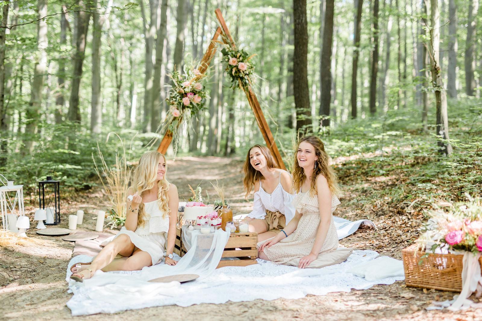 Prekrásne bohémske fotenie v lese, plné skvelých inšpirácií - Obrázok č. 5
