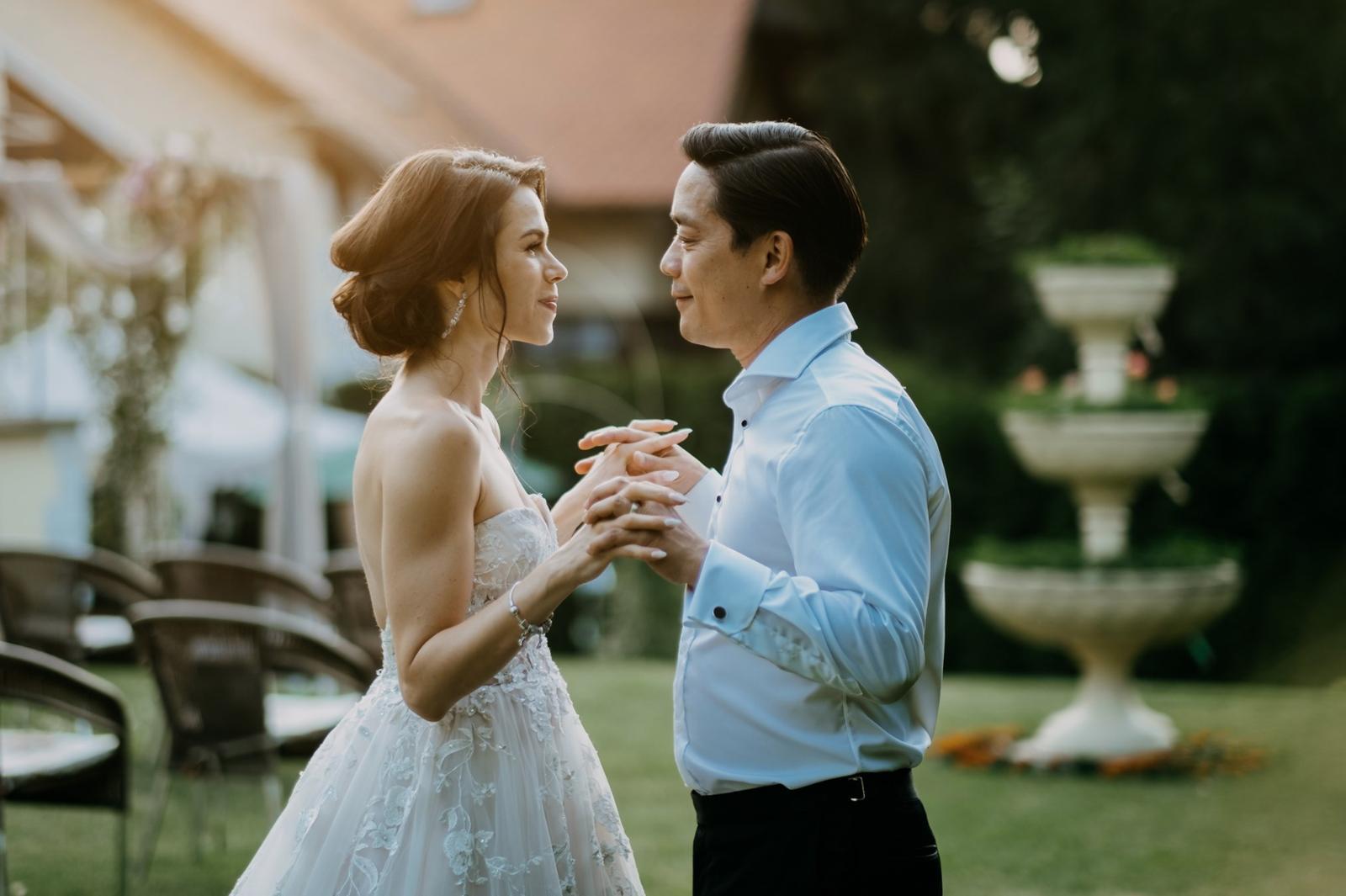 Krásna svadbička krásneho páru Mišky a Wesleyho - Obrázok č. 13