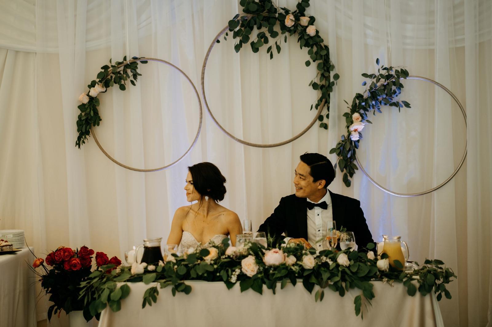 Krásna svadbička krásneho páru Mišky a Wesleyho - Obrázok č. 16